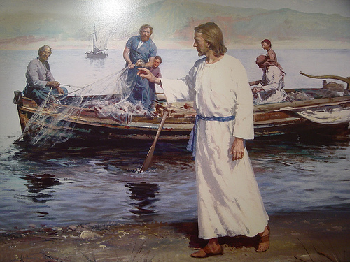 christ-apostles-boat
