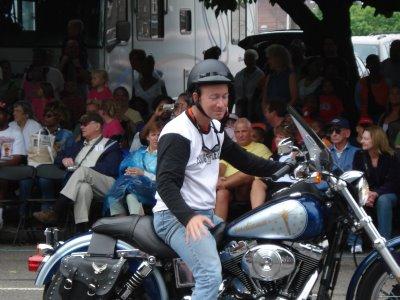 mitch daniels bike