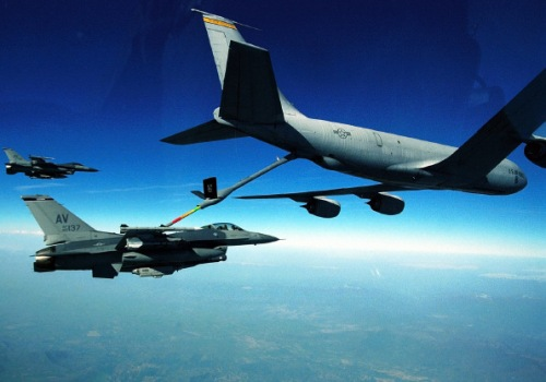 f-16 refueling
