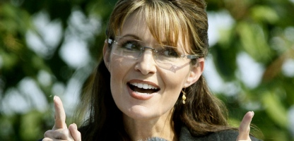 palin fingers smile